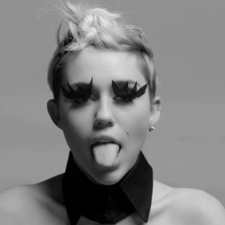 Miley Cyrus sesso nastro video completo