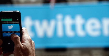 """Twitter, arriva il """"retweet"""" con commento"""