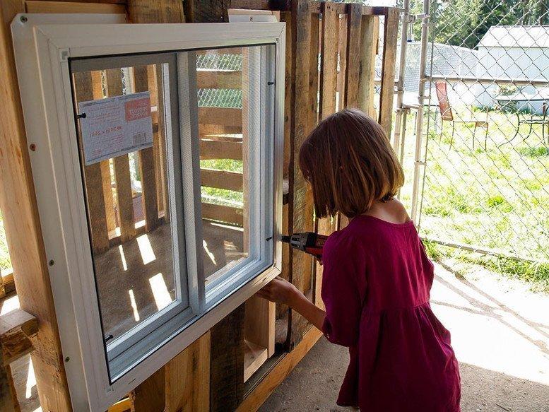 La bimba di 9 anni che costruisce alloggi per i senzatetto