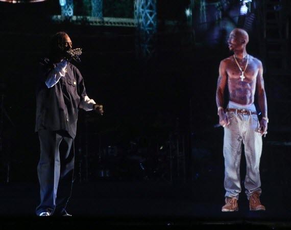 Arrivano i concerti con ologrammi: da Freddie Mercury a Whitney Houston