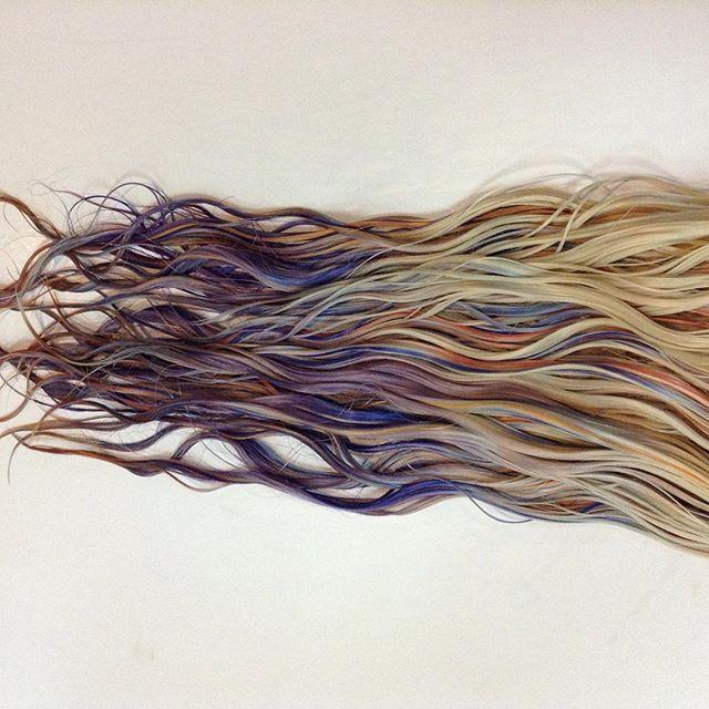 fluid hair painting: capelli da sirena, ecco la tecnica.